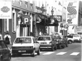 Opole. Tak wyglądało miasto 30 i 40 lat temu. Jak budowano Most Piastowski i Teatr Kochanowskiego czy wyburzano hotel Bristol? [ZDJĘCIA]
