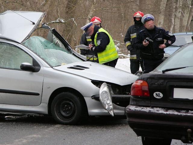 Na drogach w kraju wydarzyło się już ponad 200 wypadków. W naszym regionie jest jednak dużo bezpieczniej.