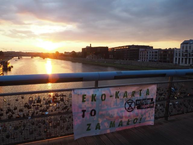 Przerobione plakaty wyborcze Andrzeja Dudy