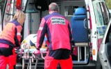 Zabrze: pijany 59-latek ugodził dwukrotnie swojego sąsiada mieczem. Ranny 33-latek w stanie ciężkim trafił do szpitala