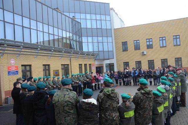 Na przejściu granicznym w Kuźnicy harcerze przekazali Betlejemskie Światło Pokoju na Białoruś