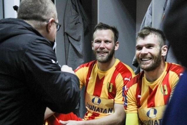 Tak piłkarze Korony cieszyli się w szatni po pokonaniu Zagłębia 1:0.