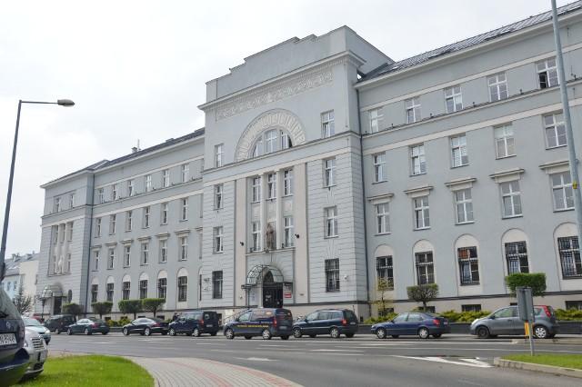 Pracownicy z tarnowskiego sądy przyłączyli się do ogólnopolskiego protestu. Domagają się podwyżek