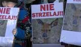 Protest ekologów w Redzikowie. Sprzeciwiają się odstrzałowi zwierząt! WIDEO