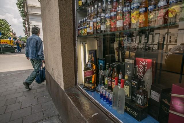 W Chojnicach nie będzie ankiet ws. sklepów monopolowych.