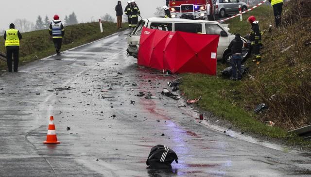 W wypadku w Weryni zginęło 5 osób.