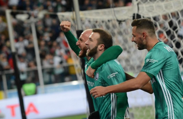 Legia Warszawa awansowała do półfinału Totolotek Pucharu Polski. W Legnicy wygrała 2:1 z Miedzią. Zobacz, jak oceniliśmy zespół Aleksandara Vukovicia.