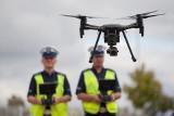 Mandaty z powietrza. Słupska policja na patrolu z dronem [ZDJĘCIA]