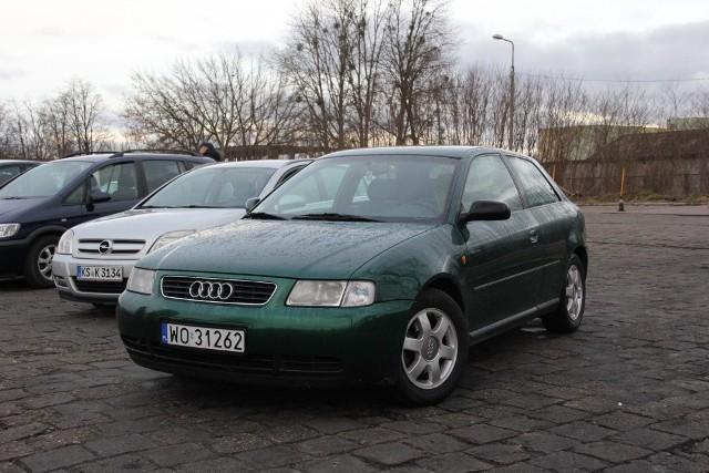 Audi A3, 1999 r., 1,9 TDI, centralny zamek, wspomaganie kierownicy, 4x airbag, podgrzewane fotele, ABS, klimatronic, 10 tys. 500 zł