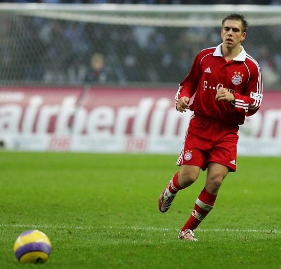 Bayern Monachium (na zdjęciu Philipp Lahm) zagra z Fiorentiną.