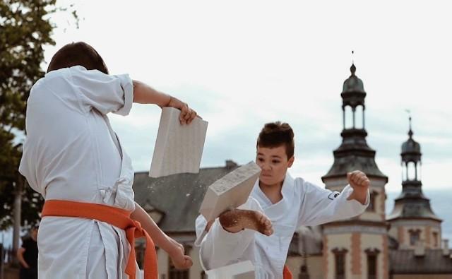 lub karate SHIRO dzięki zaangażowaniu sponsorów zrealizował film promocyjny.