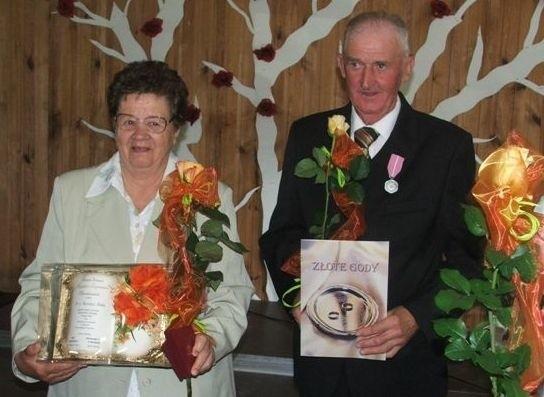 Pary, oprócz medali, dostały kwiaty i pamiątkowe dyplomy