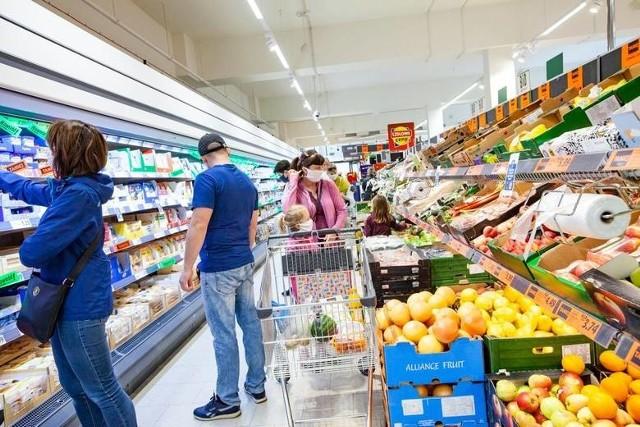 Te produkty oraz żywność stanowią zagrożenie dla zdrowia. GIS ostrzega przed ich użytkowaniem i informuje o podjętej działalności.  Natychmiast je wyrzuć lub oddaj do sklepu! Zobacz listę w dalszej części galerii >>>