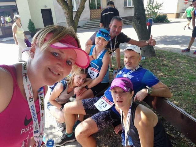 """Biegacze z grupy """"Piątkowo na biegowo"""" w Chrzypsku Wielkim pokazali się z bardzo dobrej strony"""