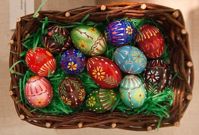 WIELKANOCNE życzenia BIZNESOWE. Oficjalne życzenia na Wielkanoc 2020. Poważne życzenia świąteczne dla klientów, wielkanocne życzenia dla pracowników