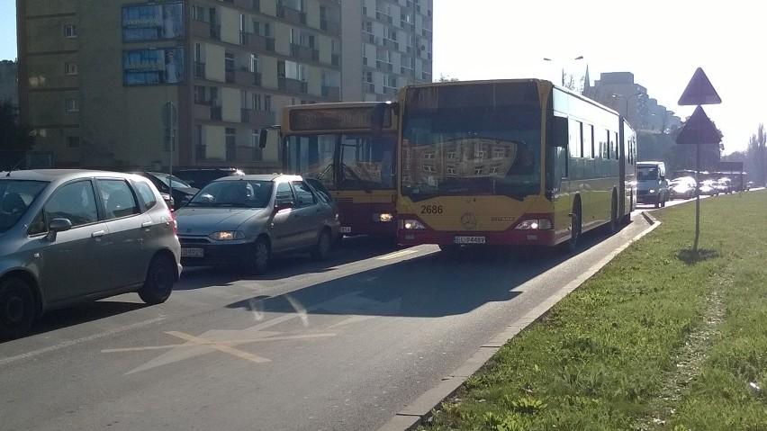 Po Kościuszki nie jeżdżą tramwaje. Autobusy stoją w korkach