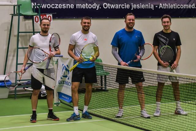 Turniej tenisa w deblu Hanplast Energy Open ProAm w Bydgoszczy stoi na wysokim poziomie. Mecze są zacięte i emocjonujące. Oczywiście nie brakuje dobrego humoru