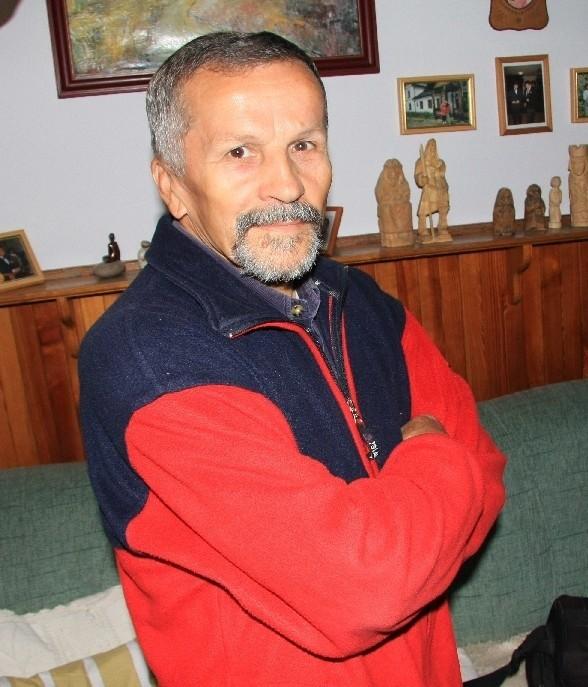 Czesław Woźniak ma 67 lat. Pochodzi z Kaplina pod Międzychodem, od 1967 r. mieszka w Międzyrzeczu. Jest emerytowanym nauczycielem.