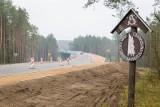 Droga Białystok - Supraśl prawie gotowa. Spóźniona i kontrowersyjna: Po co ta estakada, głębokie rowy [ZDJĘCIA, WIDEO]