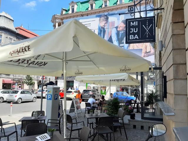 Ogródki gastronomiczne na Dworcowej w Katowicach