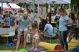 Doroczne święto Fundacji Dom Rodzinnej Rehabilitacji Dzieci z Porażeniem Mózgowym na Placu Wolności w Opolu