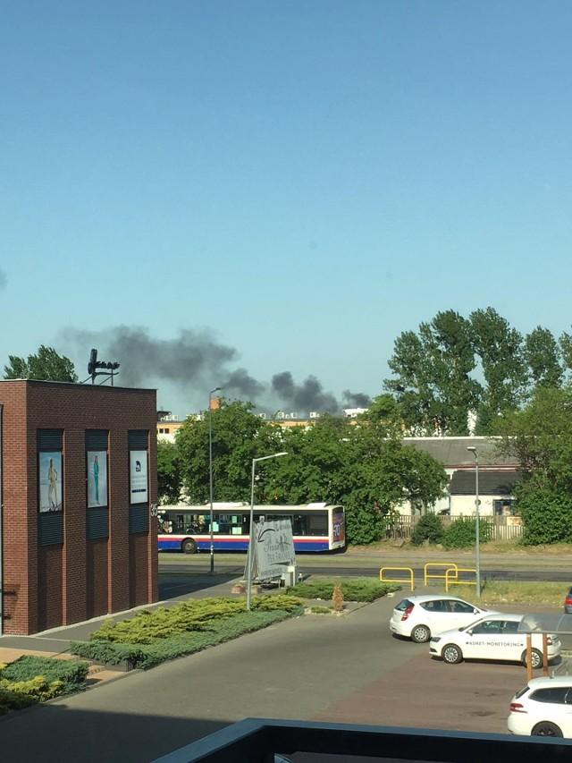 Dym był widoczny m.in. na bydgoskich Bartodziejach