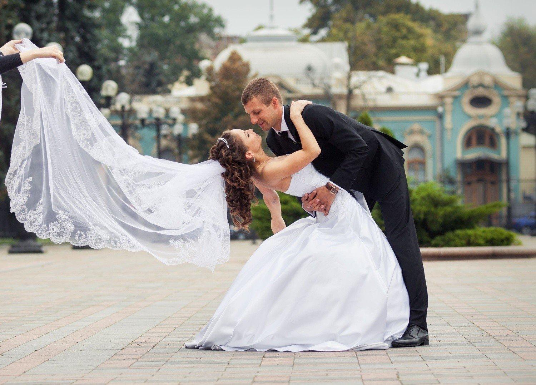 92d3ea3d27 Większość ślubów jest udzielana w urzędach stanu cywilnego. Od stycznia  może się to zmienić