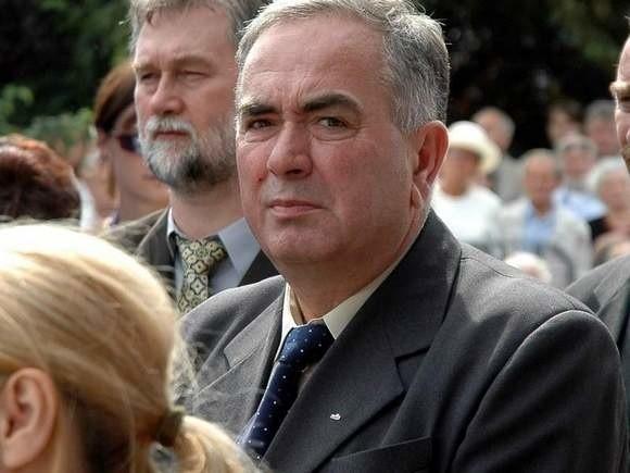 - Dziękuję, że po raz kolejny obdarzyliście mnie zaufaniem - stwierdził Mieczysław Jurek po wyborze. - Dołożę wszelkich starań, aby zrealizować wszystko, do czego dzisiaj się zobowiązałem.