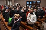 Odbyła się szósta Nocna Droga Krzyżowa z Kielc na Święty Krzyż. Uczestniczyło w niej 150 osób [ZDJĘCIA, AKTUALIZACJA]