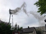 Pożar na stadionie w Bełchatowie, opóźniony mecz i porażka GKS ZDJĘCIA