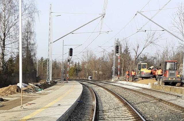 Na stacji Łódź Andrzejów Szosa pociągi nie zatrzymywały się od 20 lat...