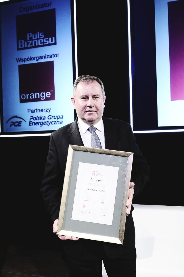 Pilkington - Filarem Polskiej Gospodarki  Jerzy Baran, dyrektor operacyjny Pilkington Polska z wyróżnieniem.