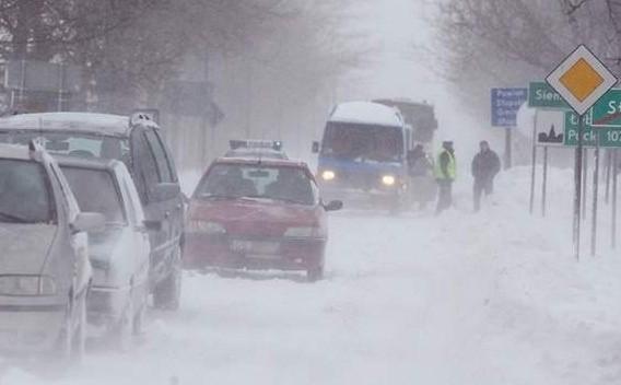 Ostrzeżenie przed intensywnymi opadami śniegu w regionie.