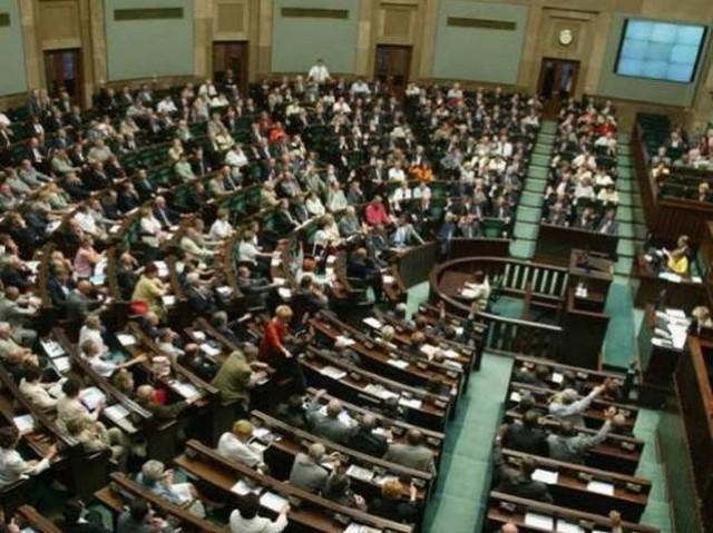Sejm zdecydował, że polskie prawo będzie zabraniało uboju rytualnego. Pięcioro lubuskich posłów było jednak za tą metodą.