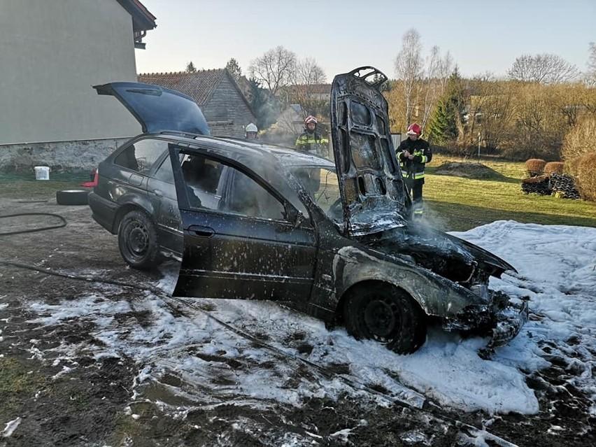 Do pożaru samochodu osobowego w Danowie (pow. giżycki) doszło w sobotę.