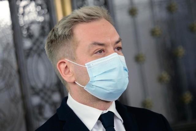 Robert Biedroń jest zakażony koronawirusem