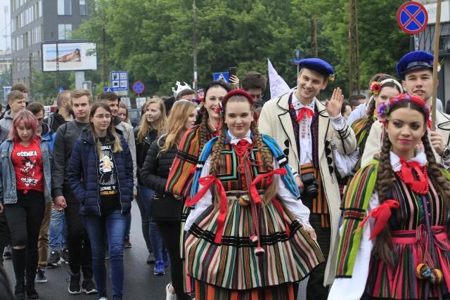 Juwenalia w Łodzi przeniosły się na Lumumbowo, czyli na osiedle akademickie zdominowane przez studentów Uniwersytetu Łódzkiego oraz Uniwersytetu Medycznego