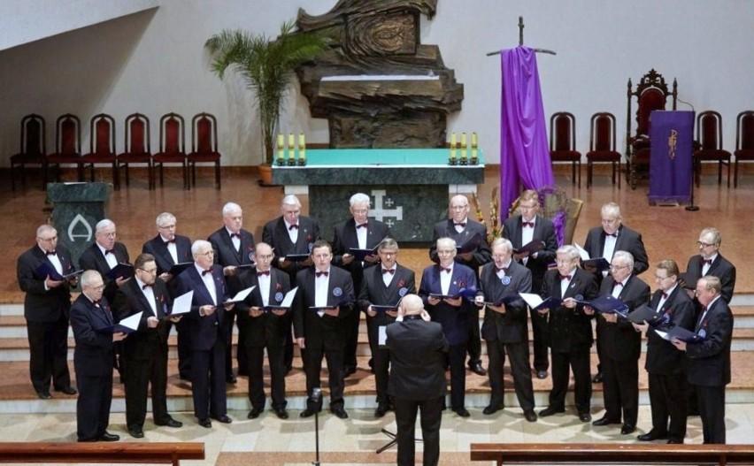 Kompania Druha  Stuligrosza śpiewa już 10 lat. Od początku...