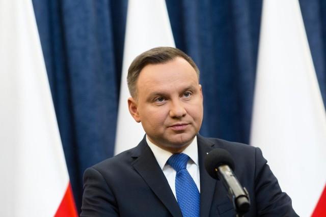 """Prezydent Andrzej Duda podpisał ustawę w sprawie czternastej emerytury. """"Wielu nie wierzyło, że to będzie możliwe"""""""