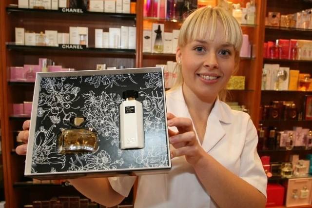 - To, co wyróżnia Perfumerie For You to tradycja, indywidualizm i trafność wyboru kosmetyków i zapachów - mówi Monika Lipa, konsultantka w salonie przy ulicy Małej.