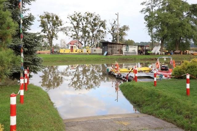 Poziom Odry w Brzegu maleje, ale rzeka nadal przekracza sześć metrów.