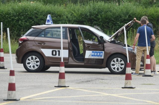 Od września obowiązują zmiany w egzaminach na prawo jazdy. Sprawdź szczegóły w galerii ---->