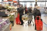 Godziny otwarcia sklepów w Wigilię i święta Bożego Narodzenia 2020.Gdzie zrobicie zakupy? [Biedronka, Auchan, Lidl, Kaufland, Tesco, Netto]