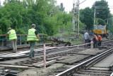 Wypadek na stacji kolejowej w Zgierzu. Stracił nogę pod pociągiem