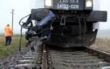 Pociąg uderzył w samochód osobowy w Moszczenicy! 14.11.2020 Kierowca auta był pijany, miał szczęście - przeżył wypadek