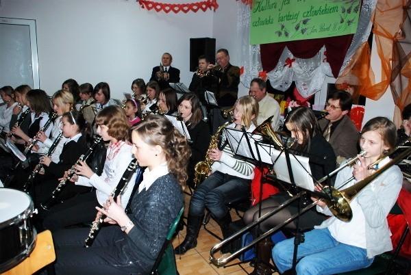 Młodzieżowa orkiestra dęta w wWelgiem