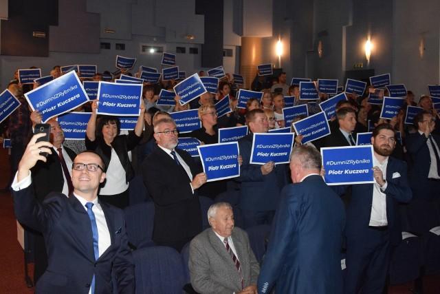 Konwencja Koalicji Obywatelskiej w Rybniku. Dumny z Rybnika Piotr Kuczera przedstawił swoją drużynę