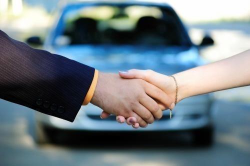 Jak podaje Instytut Badań Rynku Motoryzacyjnego SAMAR, w 2015 roku Polacy zarejestrowali w sumie 352 518 samochodów osobowych. To o 8,09 proc. więcej w stosunku do poprzedniego roku (+26 389 szt.)