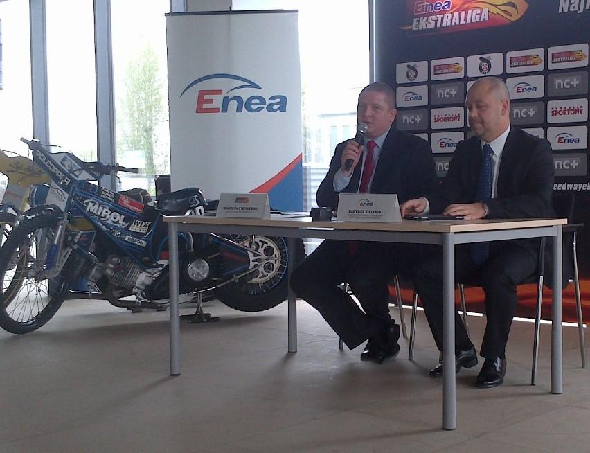Wojciech Stępniewski i Bartosz Zieliński na konferencji