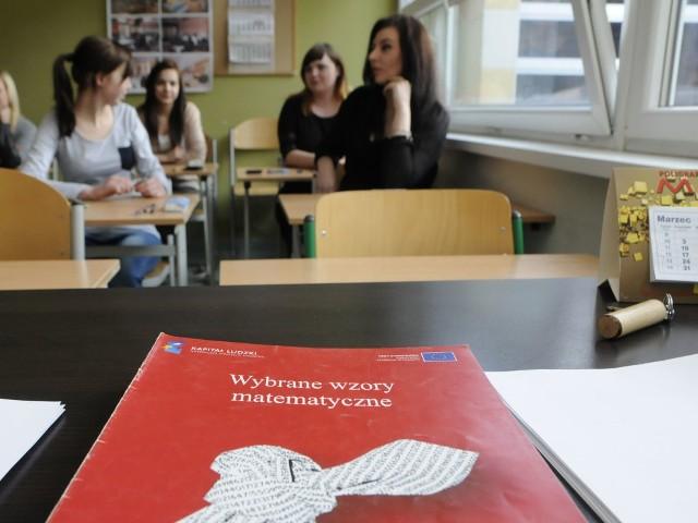 W poniedziałek w szkołach regionu odbyła się próbna matura z matematyki.
